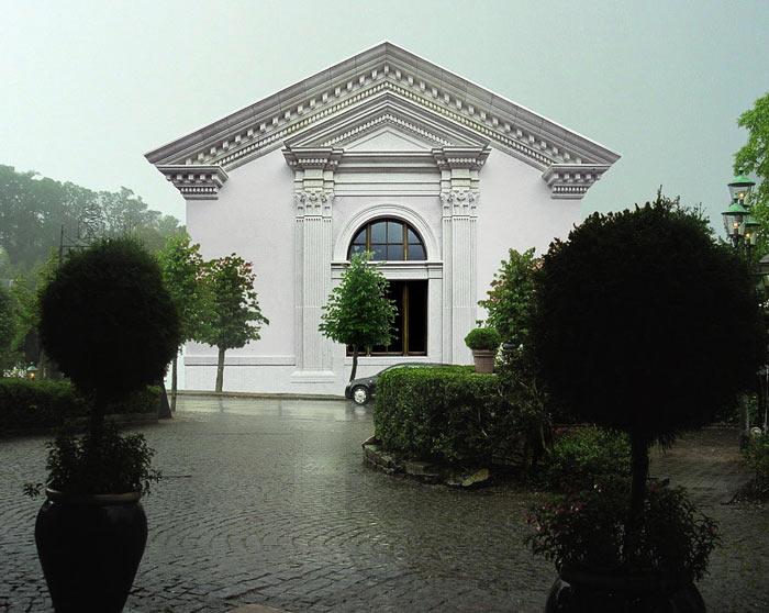 Дом в пригороде Женевы. 2004